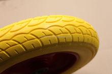 lowes wheelbarrow solid wheels