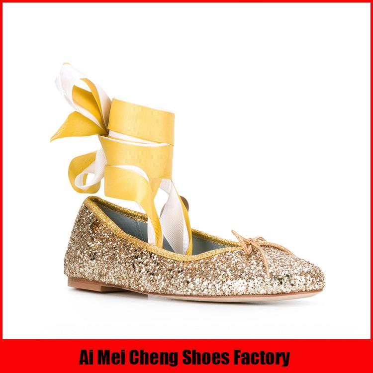 Brillant glitter bout pointu mode populaire en gros chine dernière conception 2017 Nouvelles Femmes plat chaussures