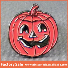 Alibaba china supplier wholesale custom high quality cheap price new products decor Halloween Pumpkin face novelty lapel pin