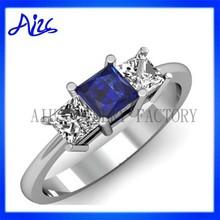 Elegant Women White Gold Custom wedding ring