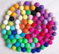 2015 hot new products 15mm mixed color 100% wool felt balls for rug coaster placemat gift DIY home decorations