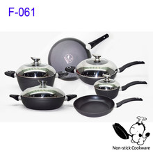Luxurious Turkey style Forged cookware set nonstick pans and pots kitchenware set
