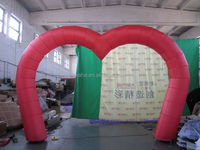 2015 special design red color heart shape advertising inflatable arch