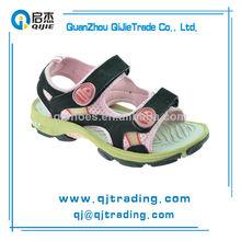 suave baratos al por mayor de cuero hermoso cómodo diseño sandalias de playa para niños