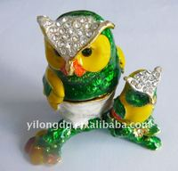 2013 colorful Owl shaped metal magnetic jewelry box