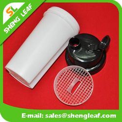 700ml plastic shaker bottle with mixer steel ball with three different colors lid