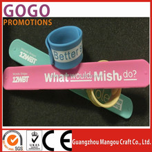 High quality stainless steel insert silicone slap wristband, New Design Silicone Snap Wristband With Custom Logo Printed