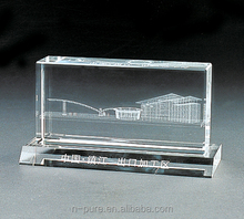 Customized 3D Laser Engraved Crystal Cube Office Set