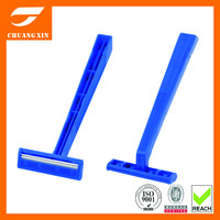 Fixed handle twin blade disposable razor