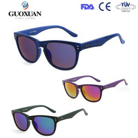 Wholesale On-line purchase classics wood-like plastic frame and mirror lens wayfar sunglass