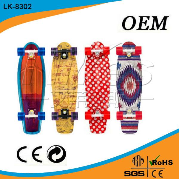 China de fábrica precios de venta enteros peces longboard skateboard