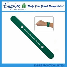 Promotional green color reflective slap band