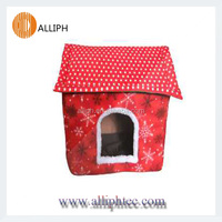 Christmas house decorative dog houses Pet products