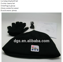 High-end Sport Music Knitted Speaker Bluetooth Beanie Hat Cap With Headphone + A Pair Of Touchable Warm Gloves