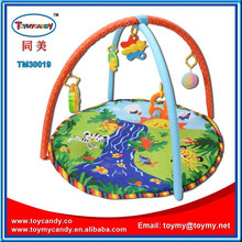 2015 new popular best selling toymy baby gym equipment with music baby play mats carpet for under 1 year old baby