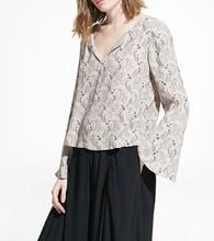 Custom design top sale quality oem blouse tops boho printed women shirt blouse