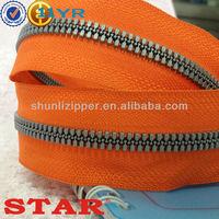plastic 10 ykk zipper