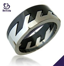 2015 cheap price jewelry 316l stainless steel wooden ring puzzle