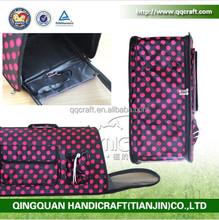 wholesale espandable pattern dog carrier & folding pet carrier plastic & funny pet sling carrier