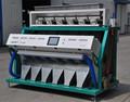 máquina que clasifica del color del arroz