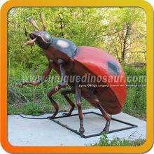 <span class=keywords><strong>escultura</strong></span> <span class=keywords><strong>insectos</strong></span> patio al aire libre