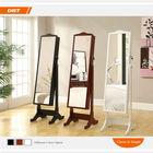 espelho de pé moderno