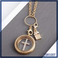 2016Fashion hot sale plain simple design hot sale cross pendant & glass locket necklace