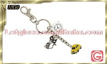 Stylish zinc alloy car and cat shaped quartz keyring clock