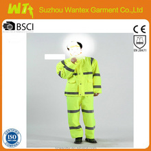 2015 new design 100% polyester Safety Rainsuit Raincoat/suits yellow
