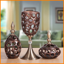 Soft office equipment, home accessories European creative crafts ornaments upscale wine rust pattern ornament decoration