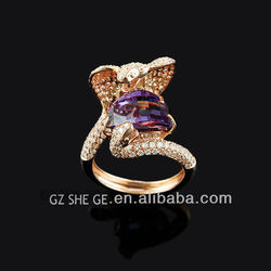 2015 fashion animal-shaped rose gold plated ring with gemstone