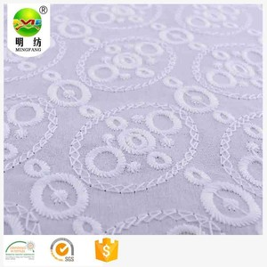 Tela del bordado del cordón africano 100 algodón textil ojal blanco