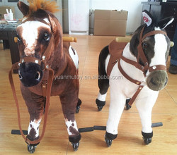 walking toy horse kid riding horse toy on wheels with ASTMF standards