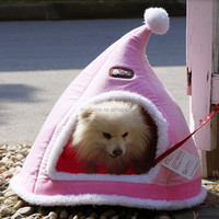 Hot sale new cute Christmas Hat dog house/dog plush room