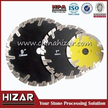 Protective teeth angle grinder saw blade for stone