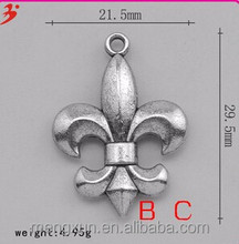 European and American football The New Orleans saints souvenirs fans hang pendant