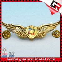 Fashionable hot sell wing lapel pin badge