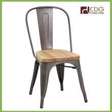 Antigo <span class=keywords><strong>sala</strong></span> <span class=keywords><strong>de</strong></span> <span class=keywords><strong>jantar</strong></span> assento <span class=keywords><strong>de</strong></span> madeira cadeira <span class=keywords><strong>de</strong></span> Metal