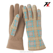 Skin Tight, Light Color, Check Pattern Fleece Gloves