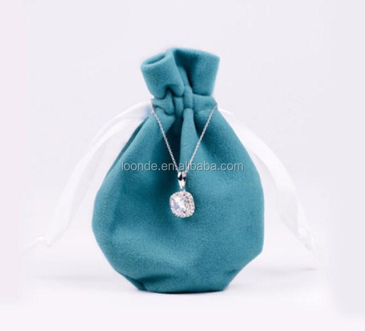 velvet necklace bag (1).jpg