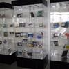 Large-scale Acrylic Transaprent Display Shelf