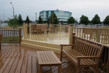 cerca de madera balcón