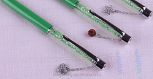 New design customized logo crystal filled pens with pendant