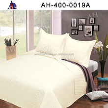 High Quality OEM King Size Cheap Thin White Quilt Bedding