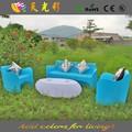 Rotomoldeo multy color tabla y silla de plástico para muebles material PE almohadilla del pie