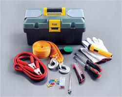 Economic hotsell emergency road kit