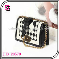 Wholesale Fashion Handbag Contrasting Color With Quilting