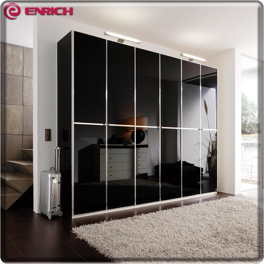 Customized Closet With Sliding Door Acrylic Surface Simple Modern