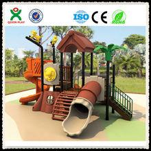 Excelente diseño de plástico LLDPE equipo / niños / niños juegos infantiles al aire libre zona de juegos QX-11009A