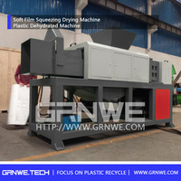 Cost effective plastic drying squeezing machine